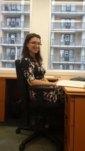 A staff worker at ILSO | Une employée du BSJI